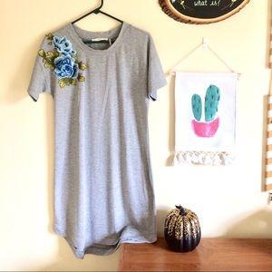 Potter's Pot Blue Rose Embroidered T-Shirt Dress